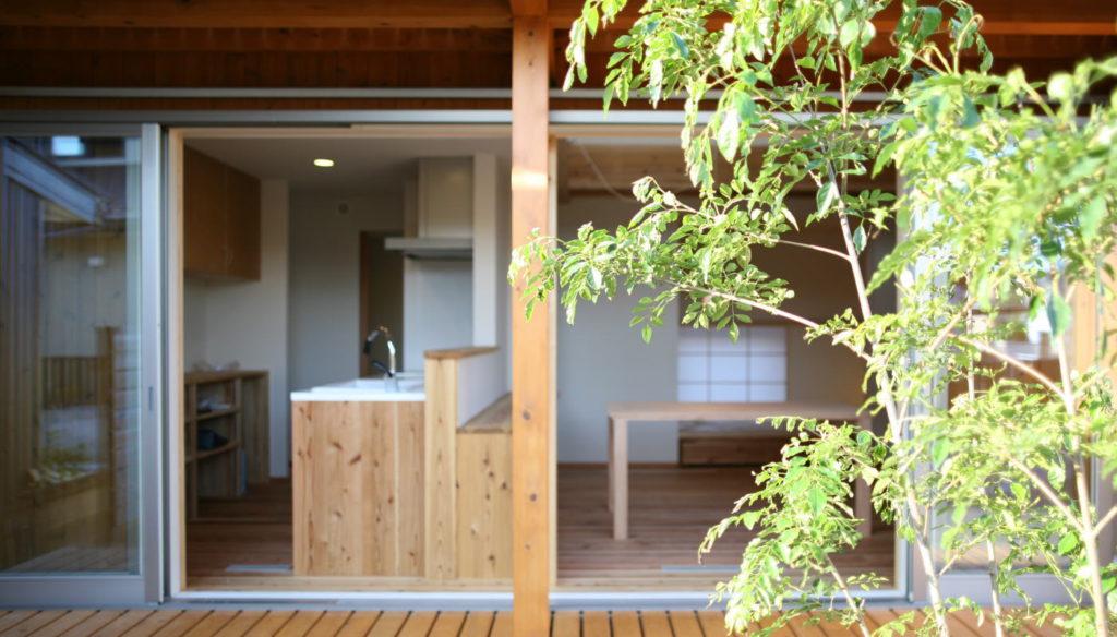 自然素材住宅とは